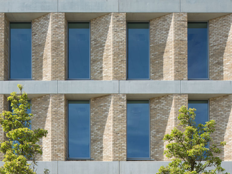 Simple gridded facade at Victoria House, office development in Milton Keynes