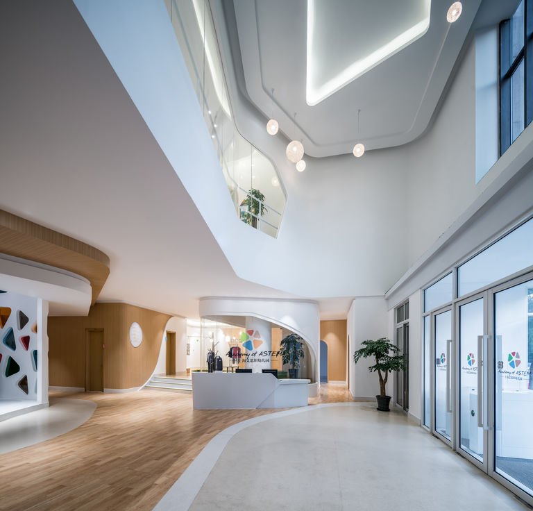 Double height entrance lobby at Academy of ASTEM in Shanghai, China.